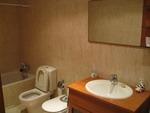 Piso en Ponferrada centro (Baño principal con mampara de ducha incluida)